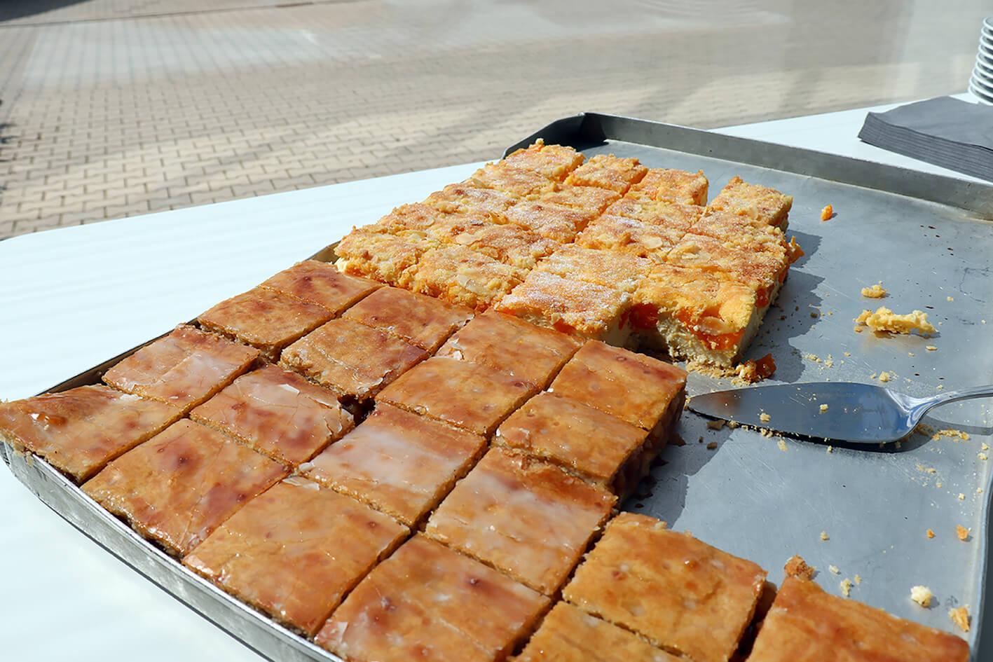 Link zur Bilddatei: kantine-statt-mensa-kuchen